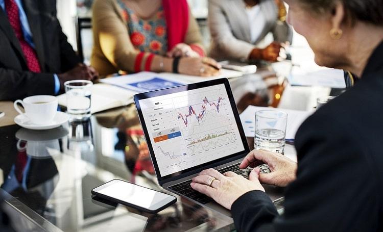 trading di broker forex teregulasi spread kecil